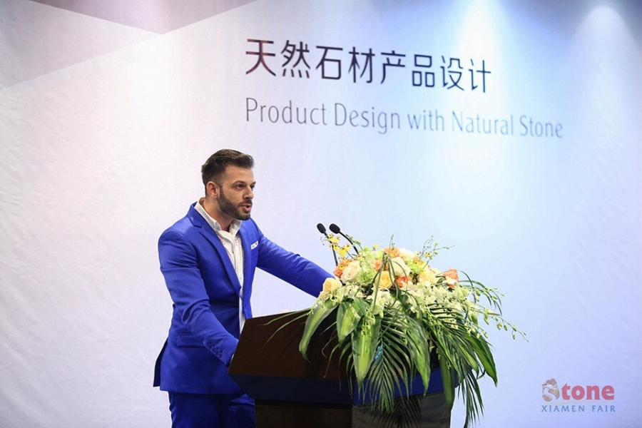 "2018 | ""Handmade lamps using local marble"" lecture in Xiamen Internationtal Stone Fair, China"
